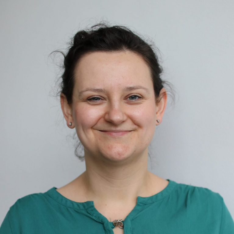 Dr Karolina Kuberska